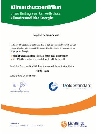 Klimaschutzzertifikat für Manoú - Kosmetiktaschen in modernem Design und qualitativ hochwertiger Ausführung.